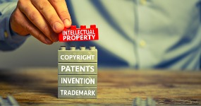 Best intellectual property litigation lawyers in Ontario