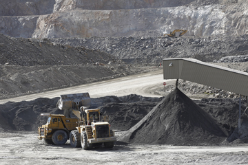 Risk sharing contracts increasingly used in volatile mining market